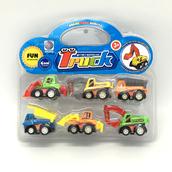 Набор игрушечных строительных машин